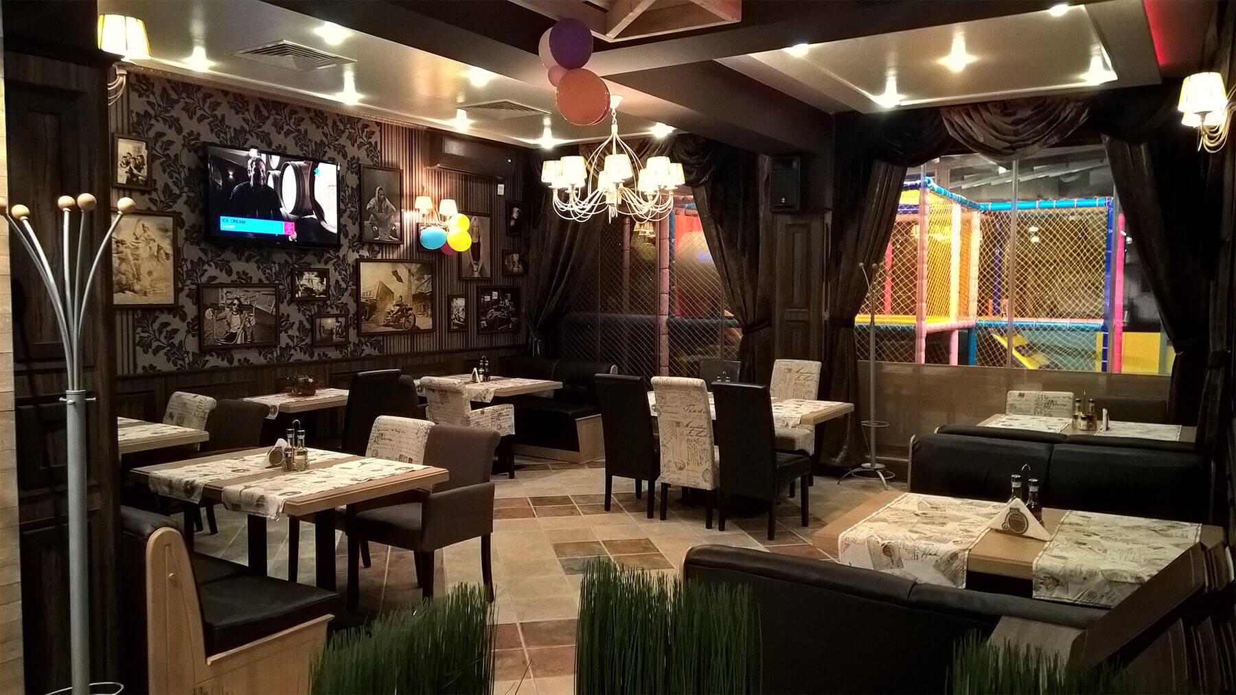 Pizza Bar Capris - Resurant Interior 3